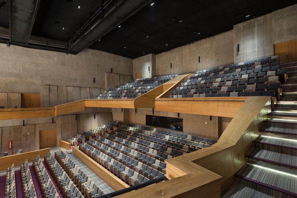 Chromatic layout of seats.  Paul Rivera
