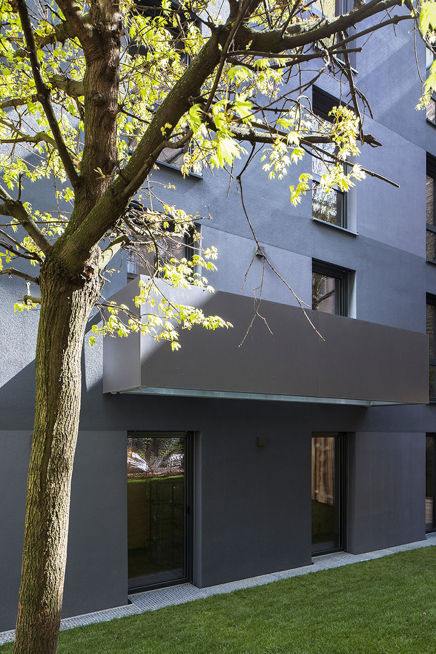 exterior view close up Philipp Obkircher
