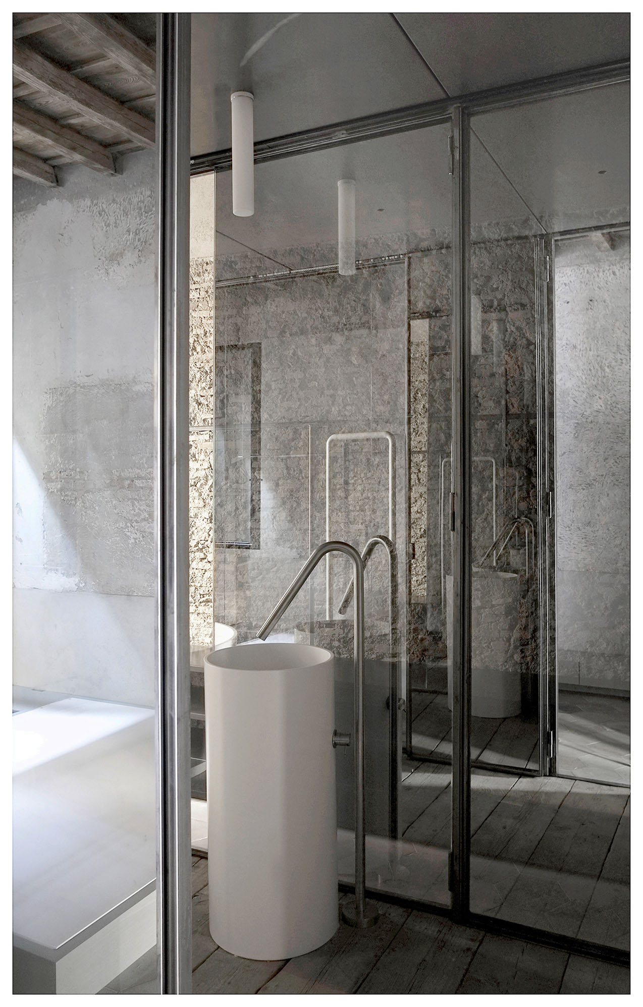 Vanity basin in main bathroom.