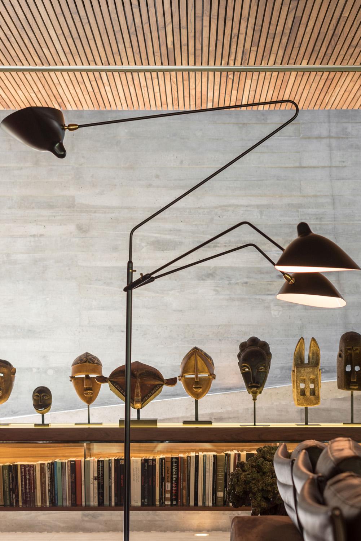African Masks - Client's collection Fernando Guerra| FG + SG Fotografia de Arquitectura, courtesy Studio MK27