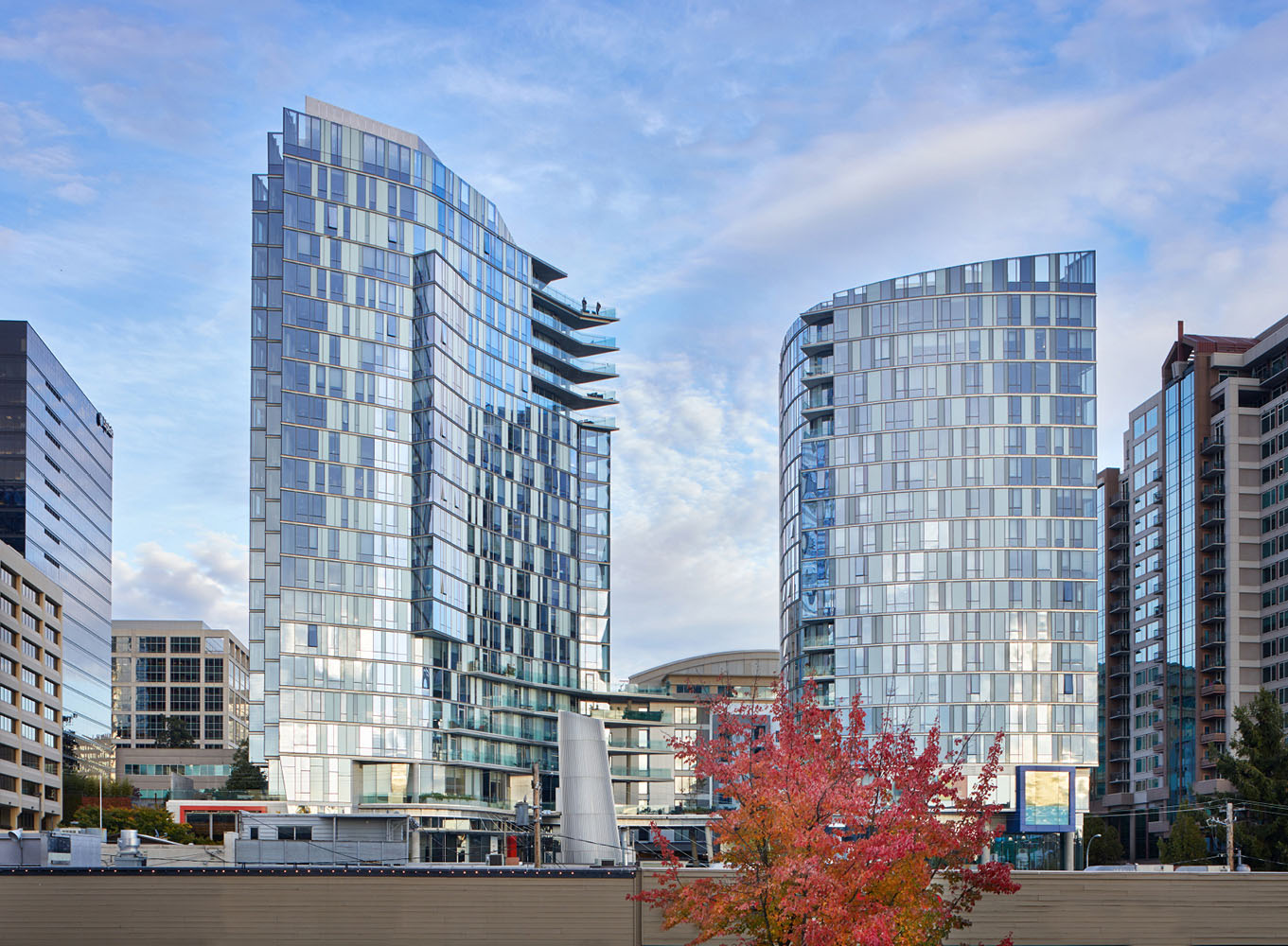SOMA Towers establishes a design benchmark at the south edge of downtown Bellevue, WA. Benjamin Benschneider