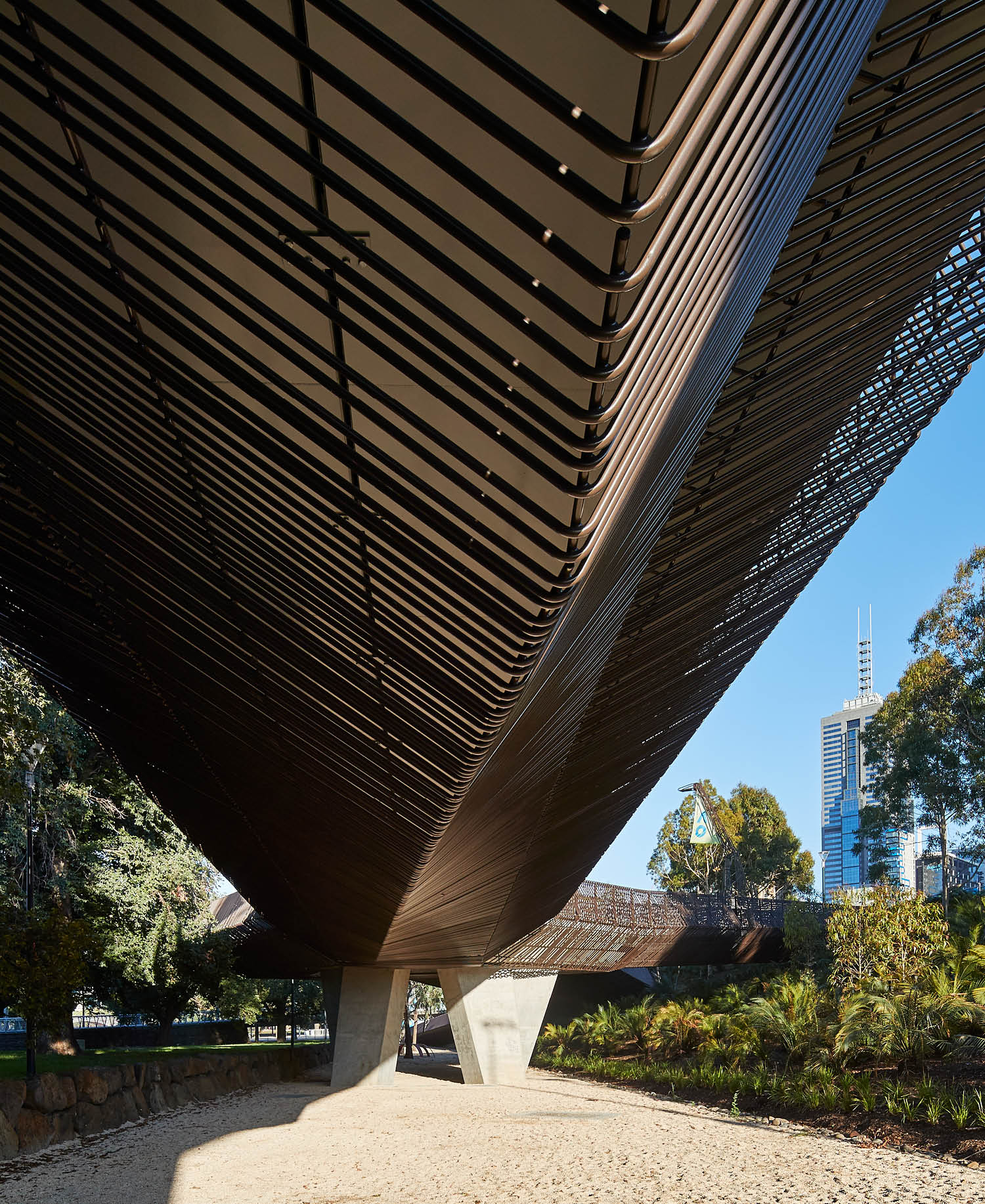 The bridge underbelly torques to give steel an appearance of a solid shape