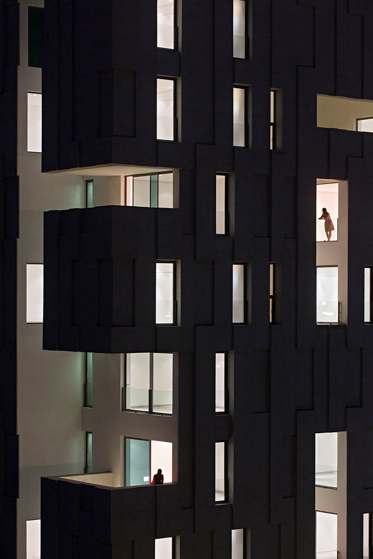 Night faÇade vies AGi architects