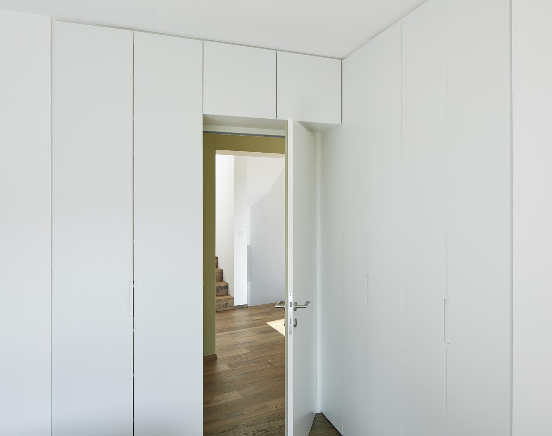 Bed room on the first floor David Schreyer