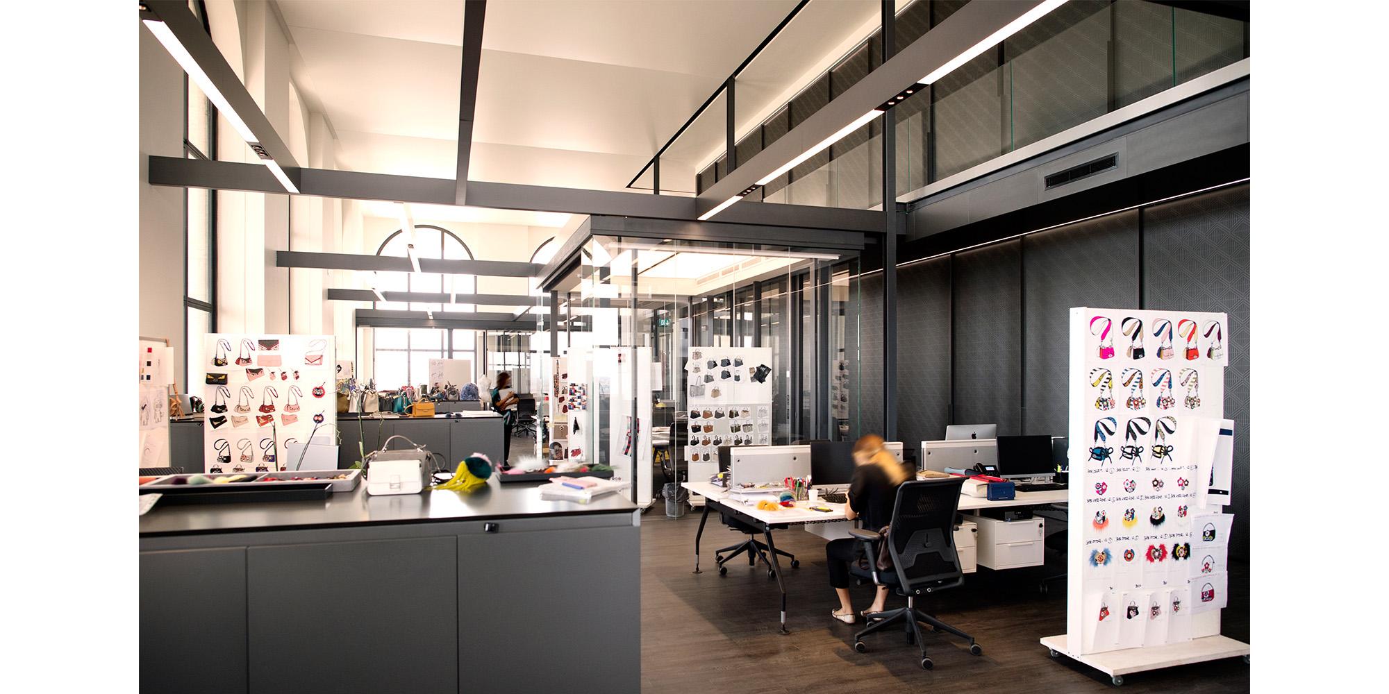 open space office by Emanuele Scorcelletti