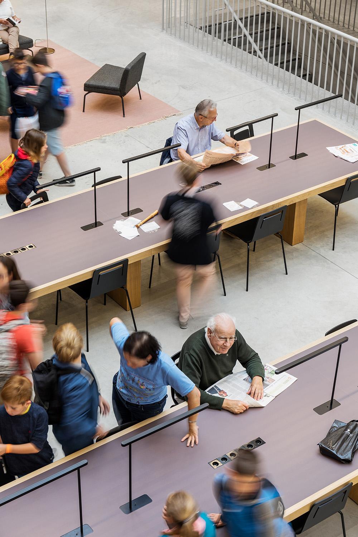 Reading area on the ground floor Delfino Sisto Legnani e Marco Cappelletti