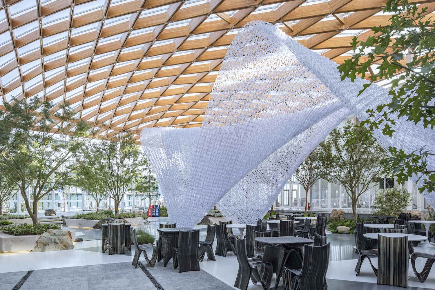 3D Robotic Printed Coffee Pavilion under the timber structure Fangfang Tian