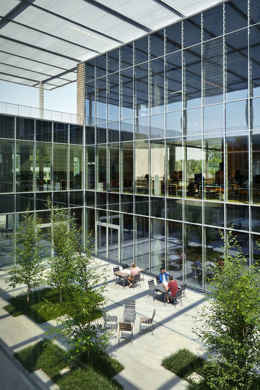The open-air courtyard of the Hub building Andrea Martiradonna
