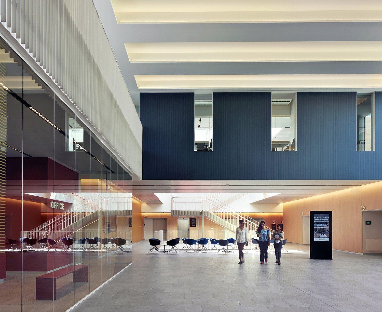 Didactic center - entrance hall Andrea Martiradonna}