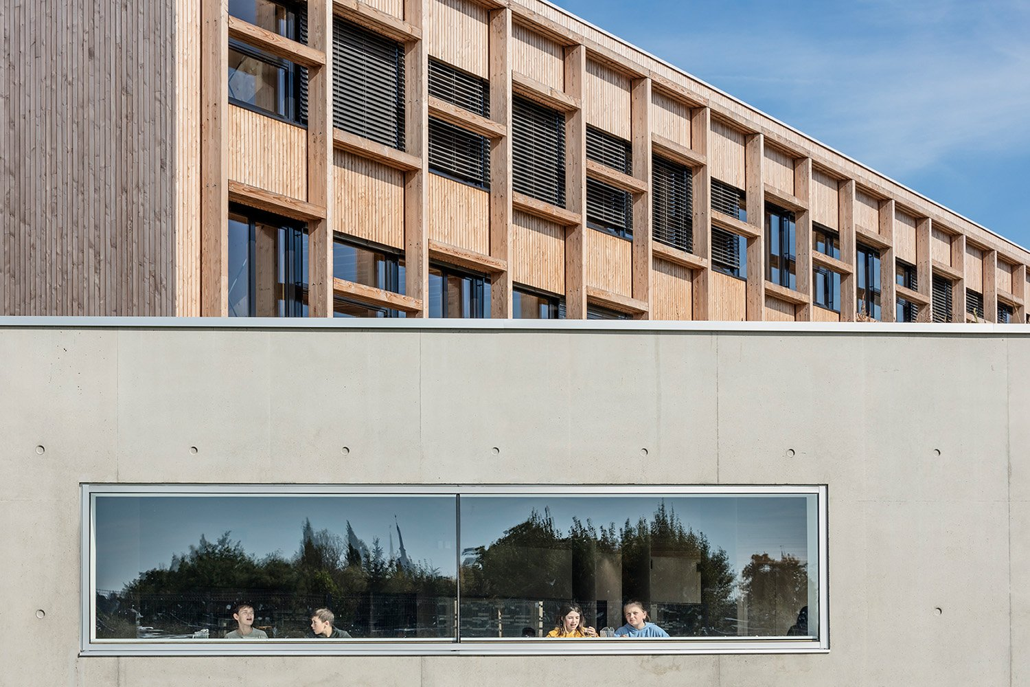 College Lamballe - groundfloor in concrete, upper floors in timber Luc Boegly