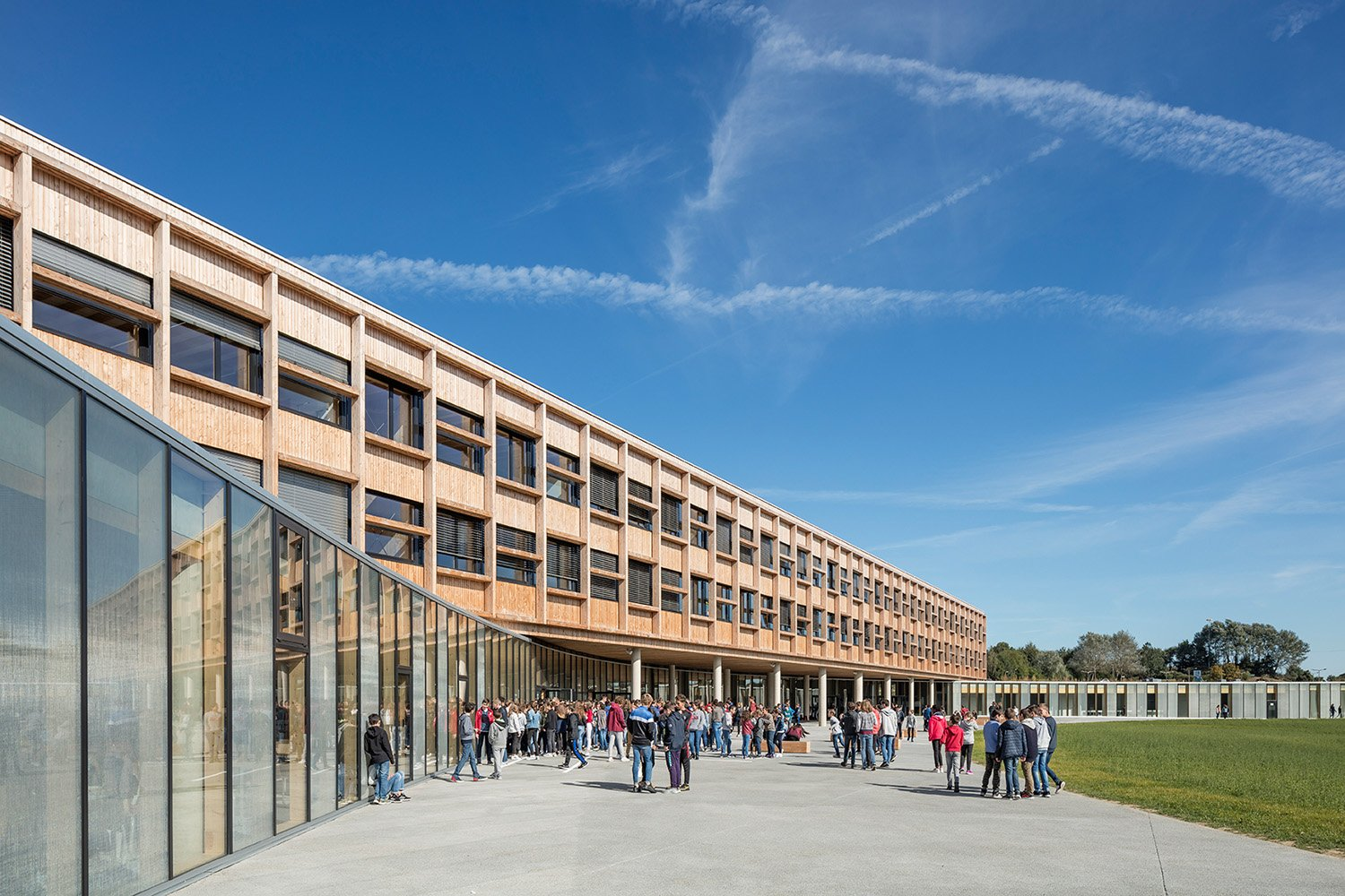 College Lamballe - view from the courtyard 1 Luc Boegly