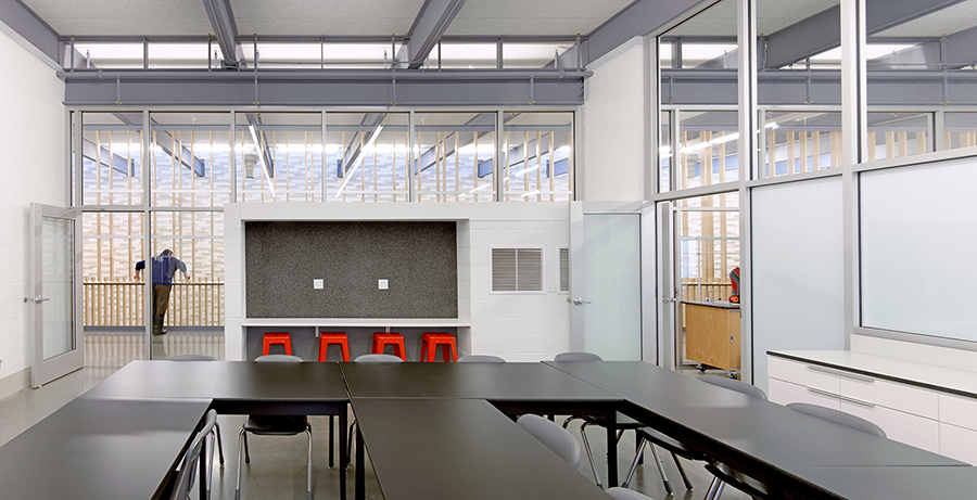 Inside of a classroom at Reeds Springs Middle Schoo Architectural Imageworks, LLC. Gayle Babcock