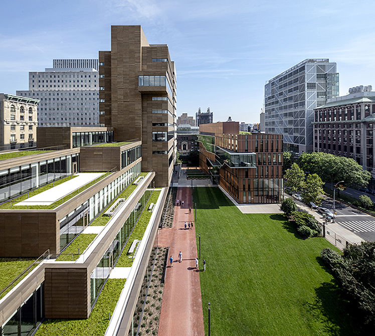 The Milstein Center terraces and Lawn Courtesy SOM / © Magda Biernat