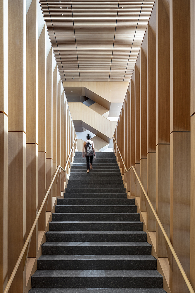 Stairs to the library Courtesy SOM / © Magda Biernat