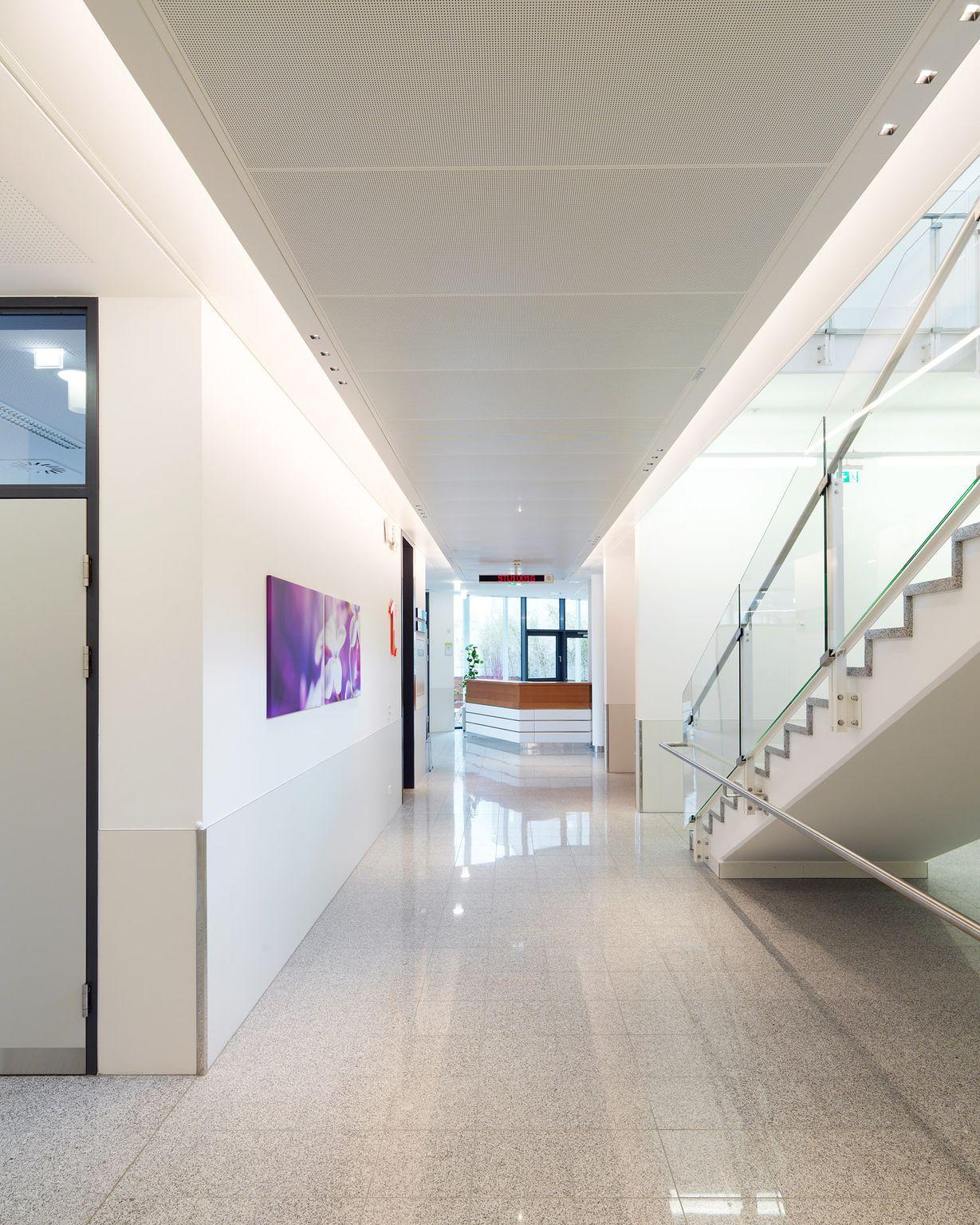 Corridor Ernst Giselbrecht / Paul Ott