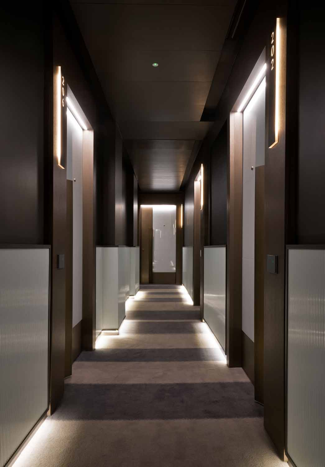 The Pantheon Iconic Rome Hotel_ room corridor Andrea Martiradonna