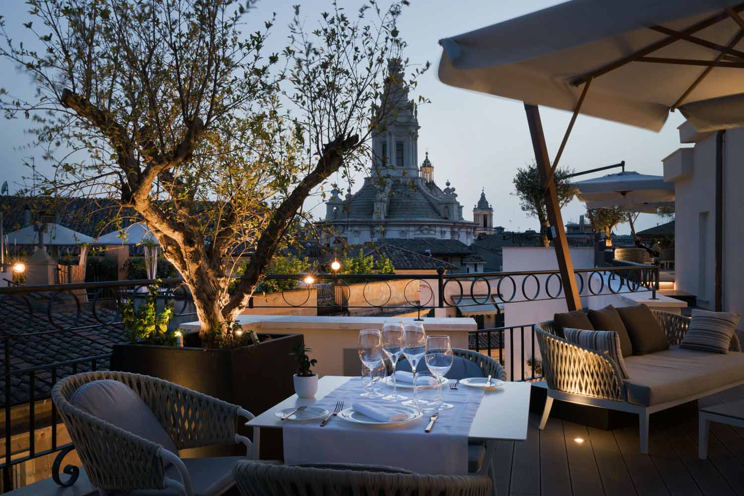 The Pantheon Iconic Rome Hotel_rooftop terrace Andrea Martiradonna
