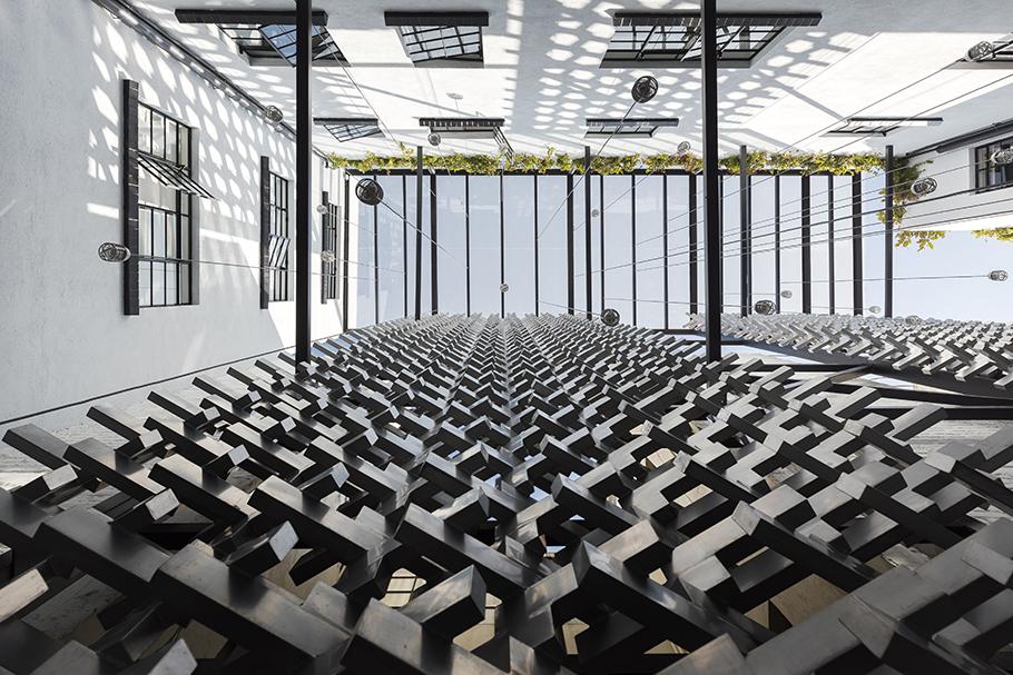 Patio Luis Gallardo / LGM Studio