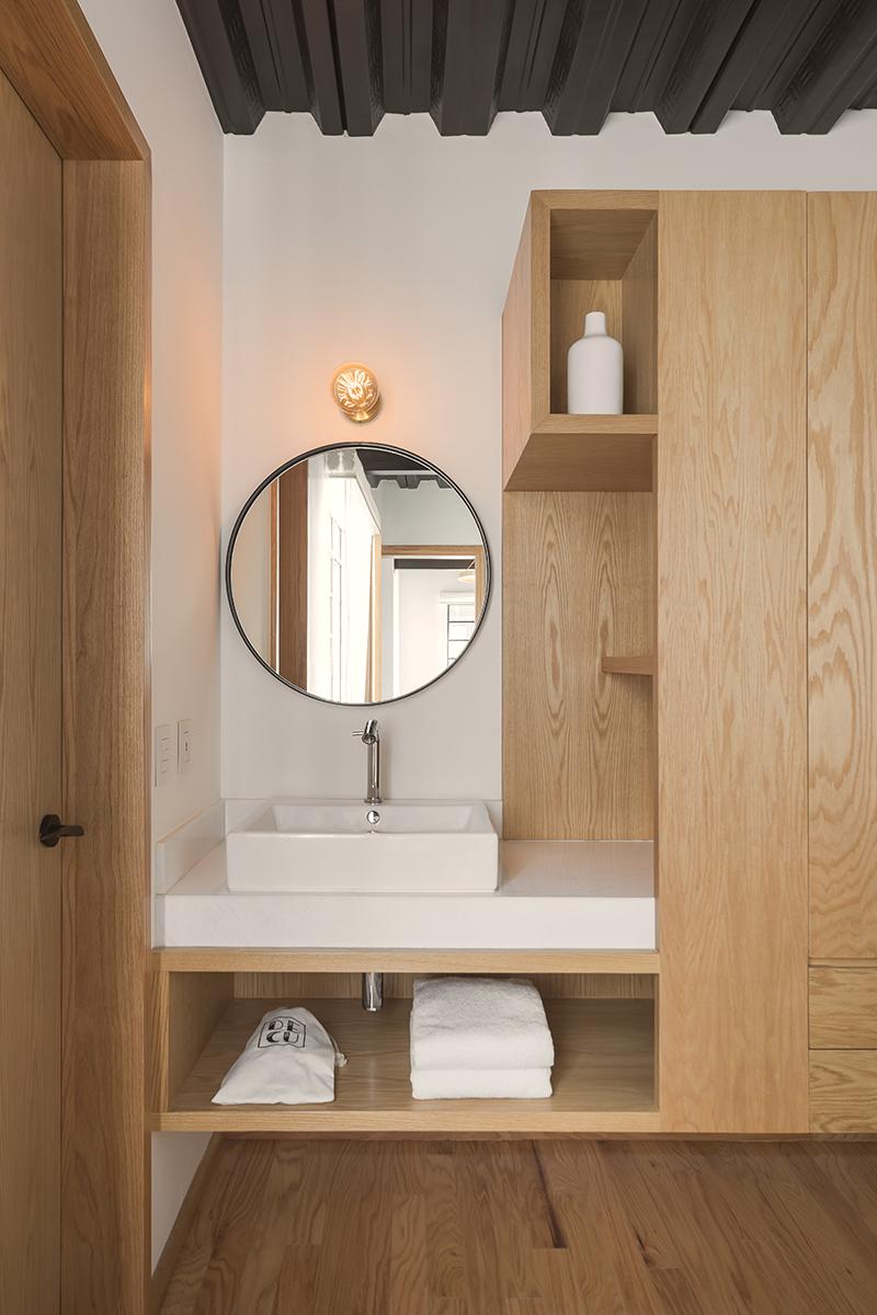 Furniture inside the suites Luis Gallardo / LGM Studio