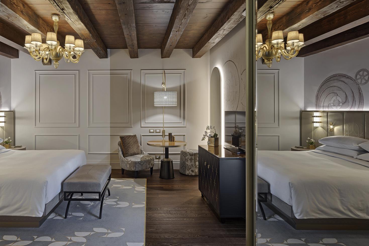 Hotel Hilton Molino Stucky, room Andrea Sarti  CAST1466