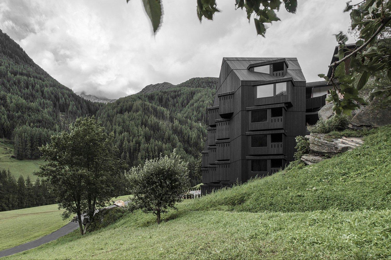 Hotel Bühelwirt - Pedevilla Architects Foto: Gustav Willeit