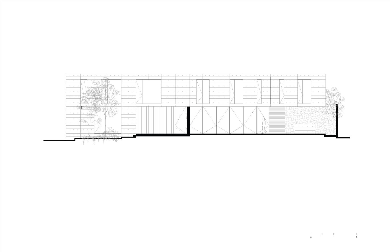 East Facade Ignacio Urquiza, Bernardo Quinzaños, Centro de Colaboración Arquitectónica}