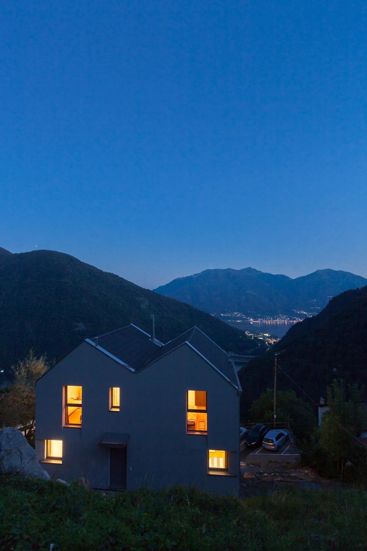 Night view Alexandre Zveiger, Lugano CH