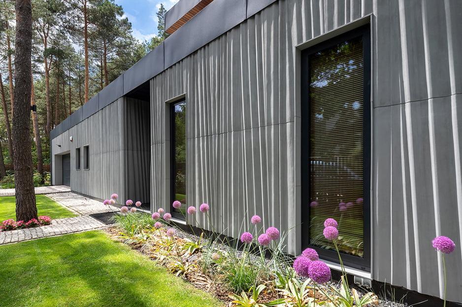 Concrete curtain elevation detail Szymon Polański/Trzop Architekci