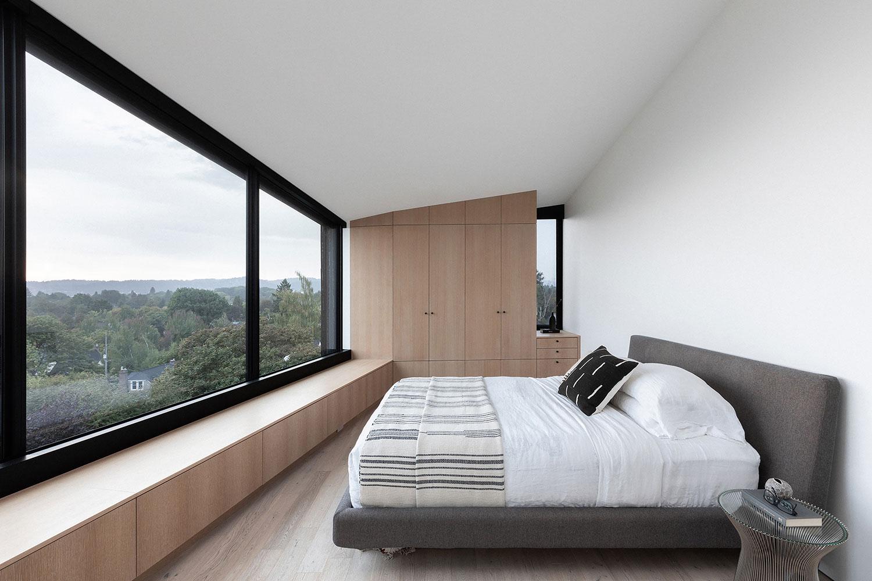 Master Bedroom Ema Peter