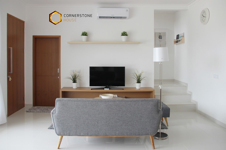 Living Room PT Easton Urban Kapital