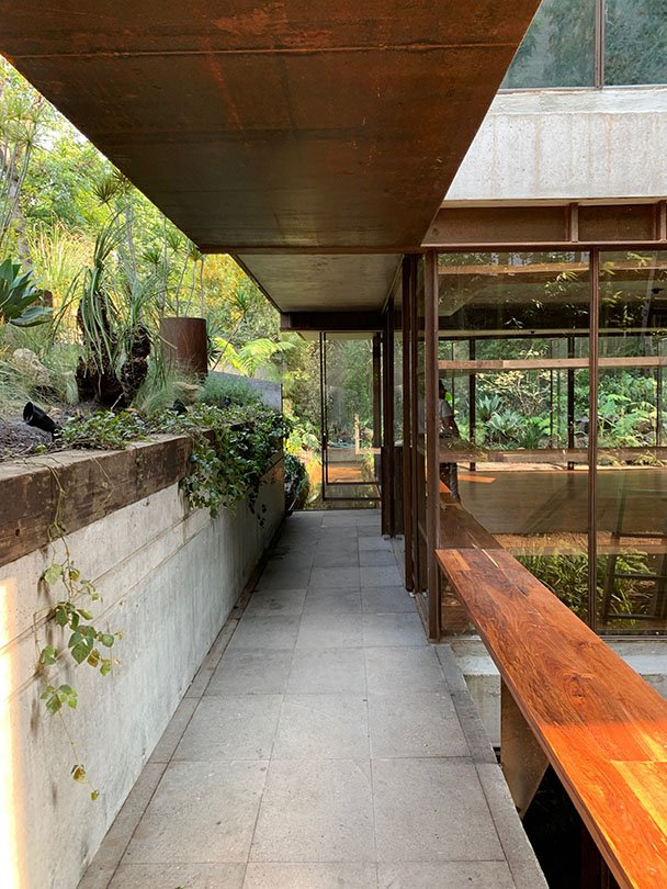 Entrance Ricardo de la Concha
