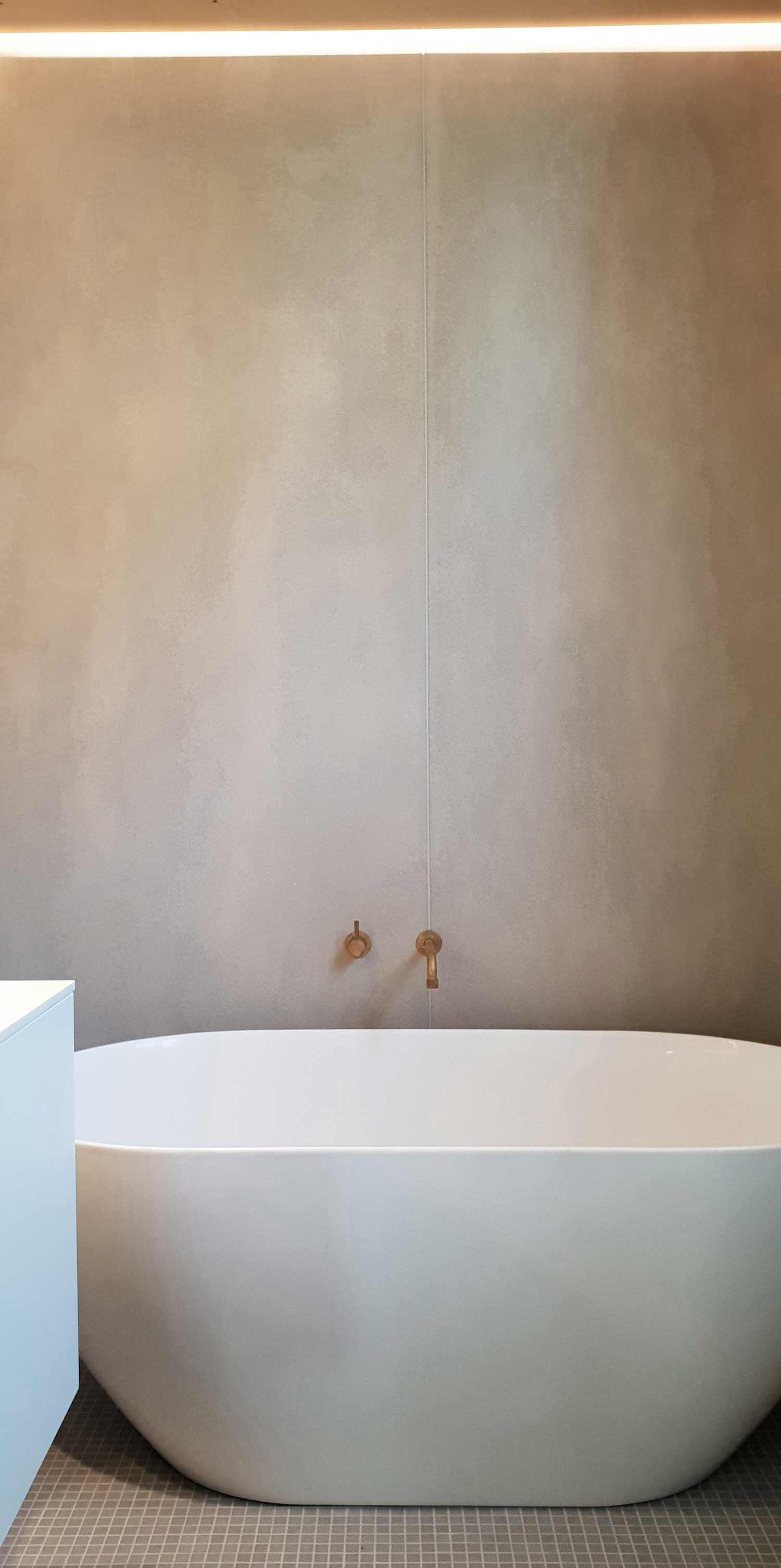 Lower ground bathtub RAAarchitects}