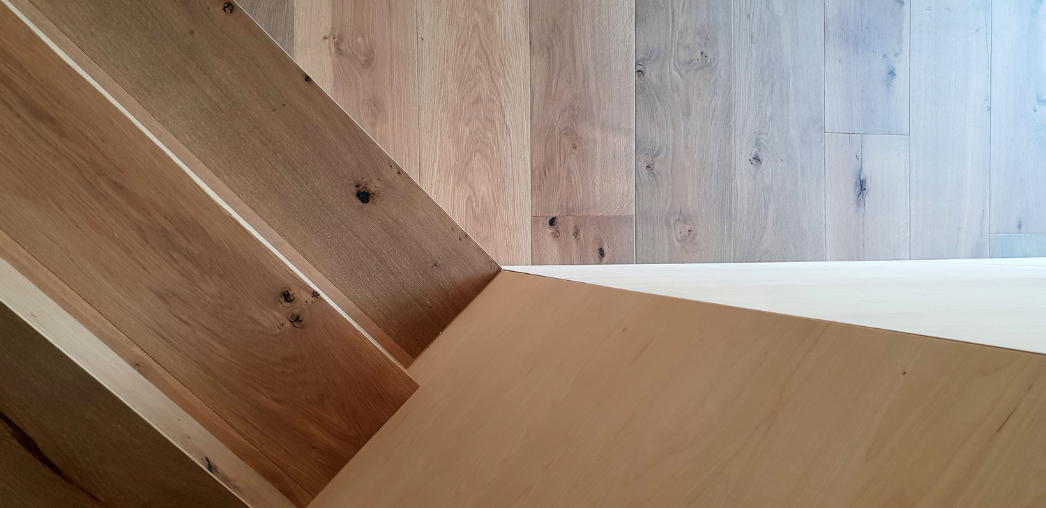 Timber floor-stair-wall RAAarchitects}