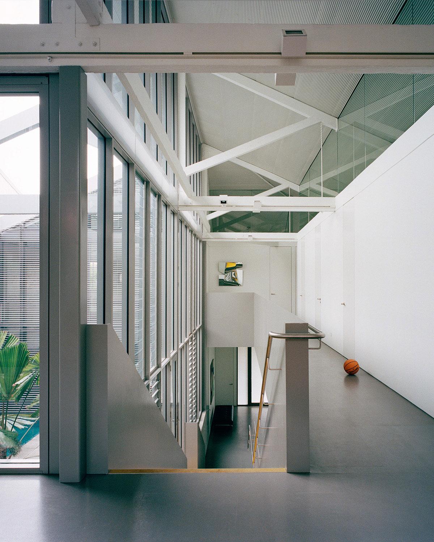 Upper level corridor and stair Rory Gardiner