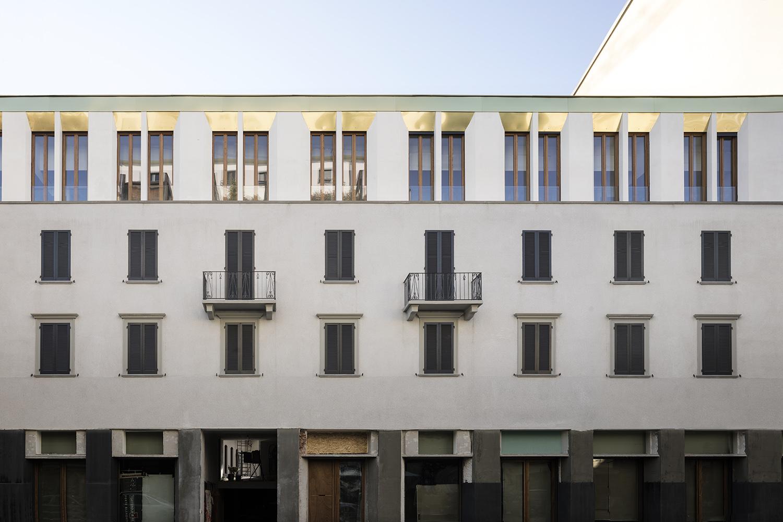 Facade Alberto Strada