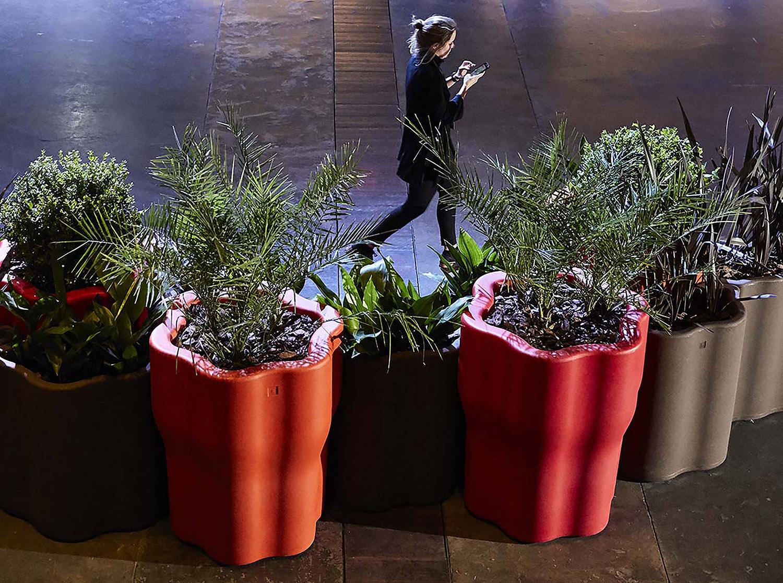 Rama Flor Planter System at arteBA Hernán Zenteno