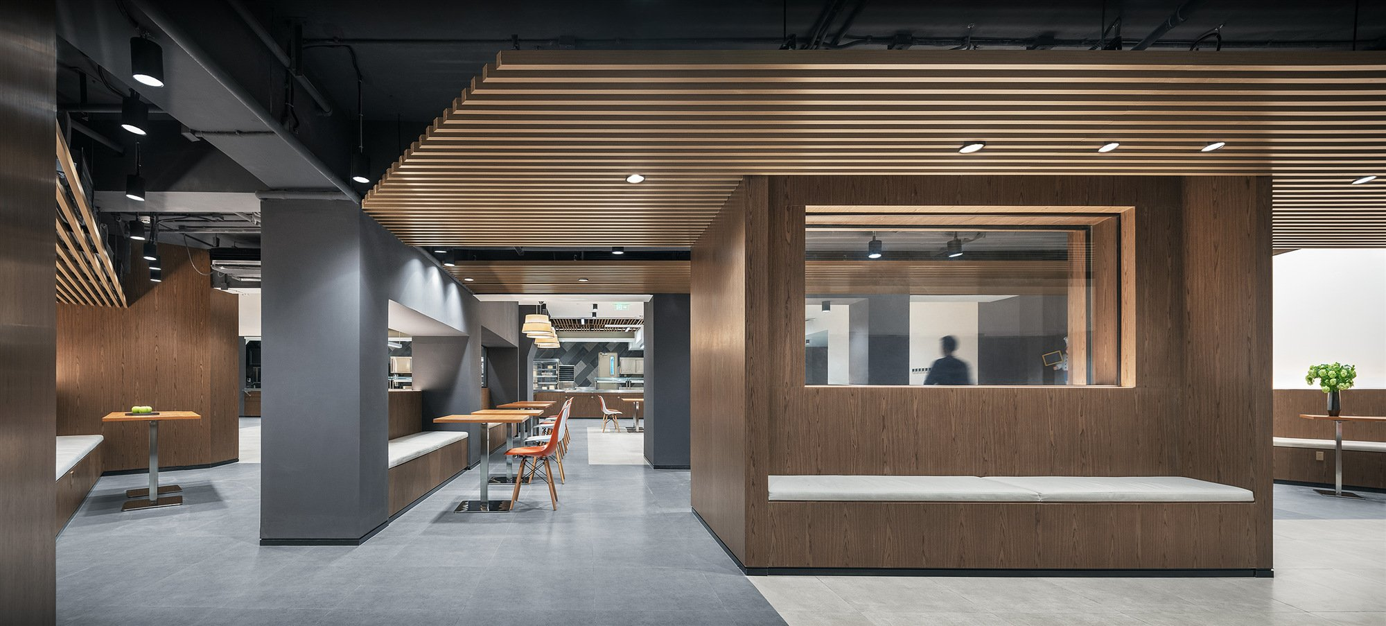 The staff canteen on the first floor BNJN design
