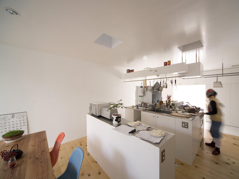 Keiichi Hayashi Kitchen For Light Well House
