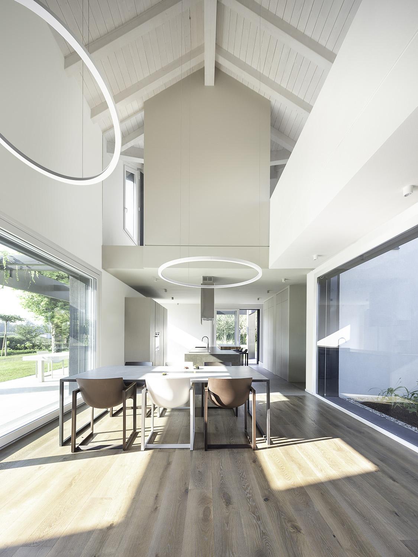 Cucina e doppio livello living room Filippo Poli