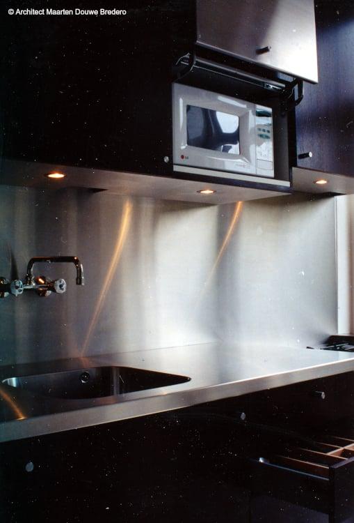lifting-door-for-mircowave M.D. Bredero