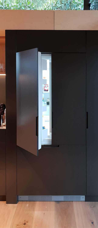 Integrated fridge RAAArchitects