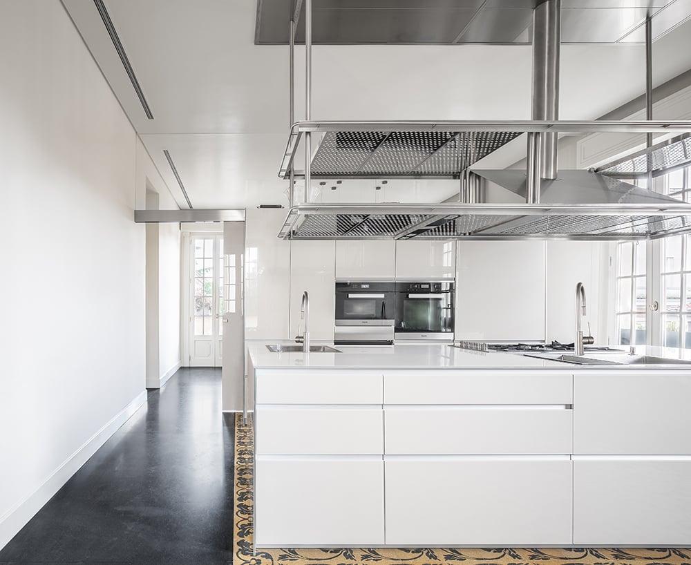 La cucina pranzo è l'elemento di connessione di tutta la casa Marco Cappelletti