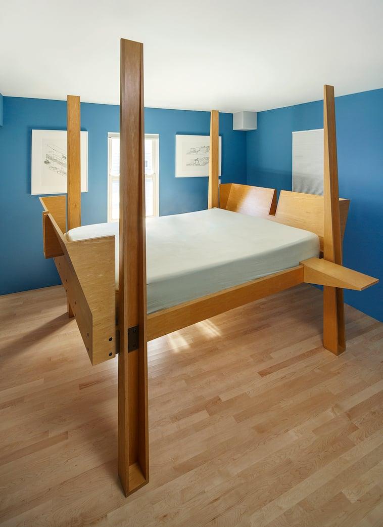 8. Bed Bob O'Connor
