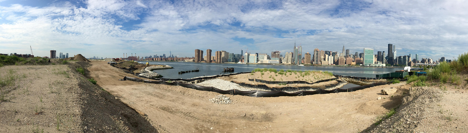 CONSTRUCTION SITE Courtesy of SWA/Balsley and WEISS/MANFREDI}
