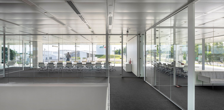 Transparency at meeting rooms Jesus Granada