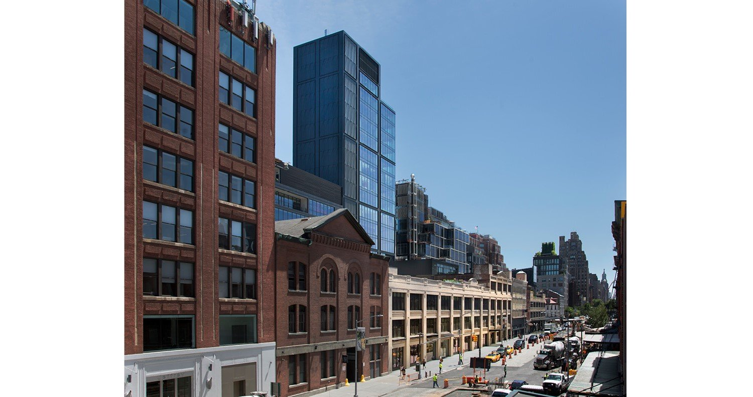 Newly constructed tower on West 15th Street and the renovated landmark district building on West 14th Street to create one cohesive urban office community David Sundberg | ESTO
