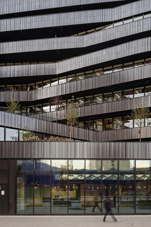 Detail main staircase ChartierDalix & Brenac&Gonzalez&Associés}