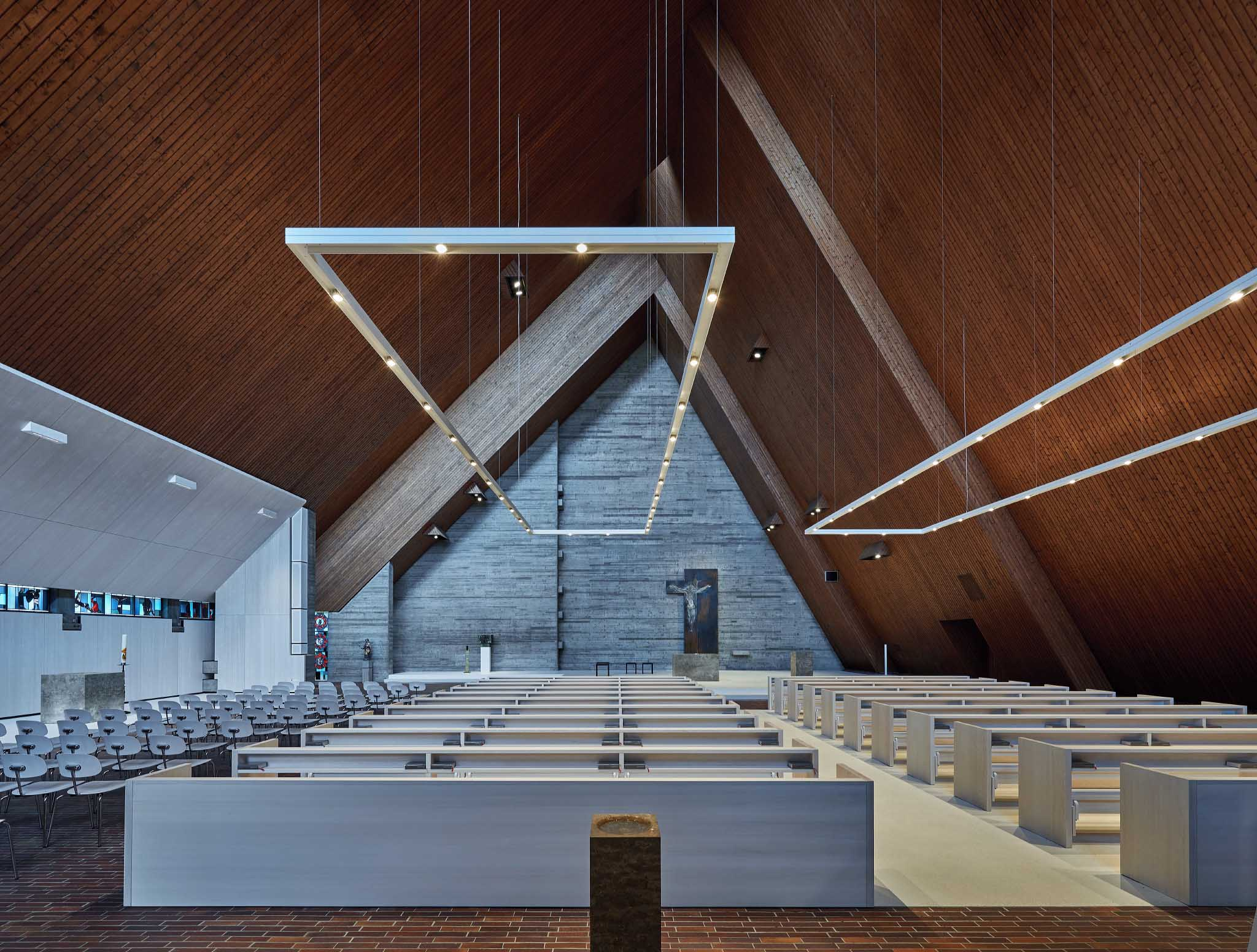 view onto altar Valentin Wormbs, Stuttgart