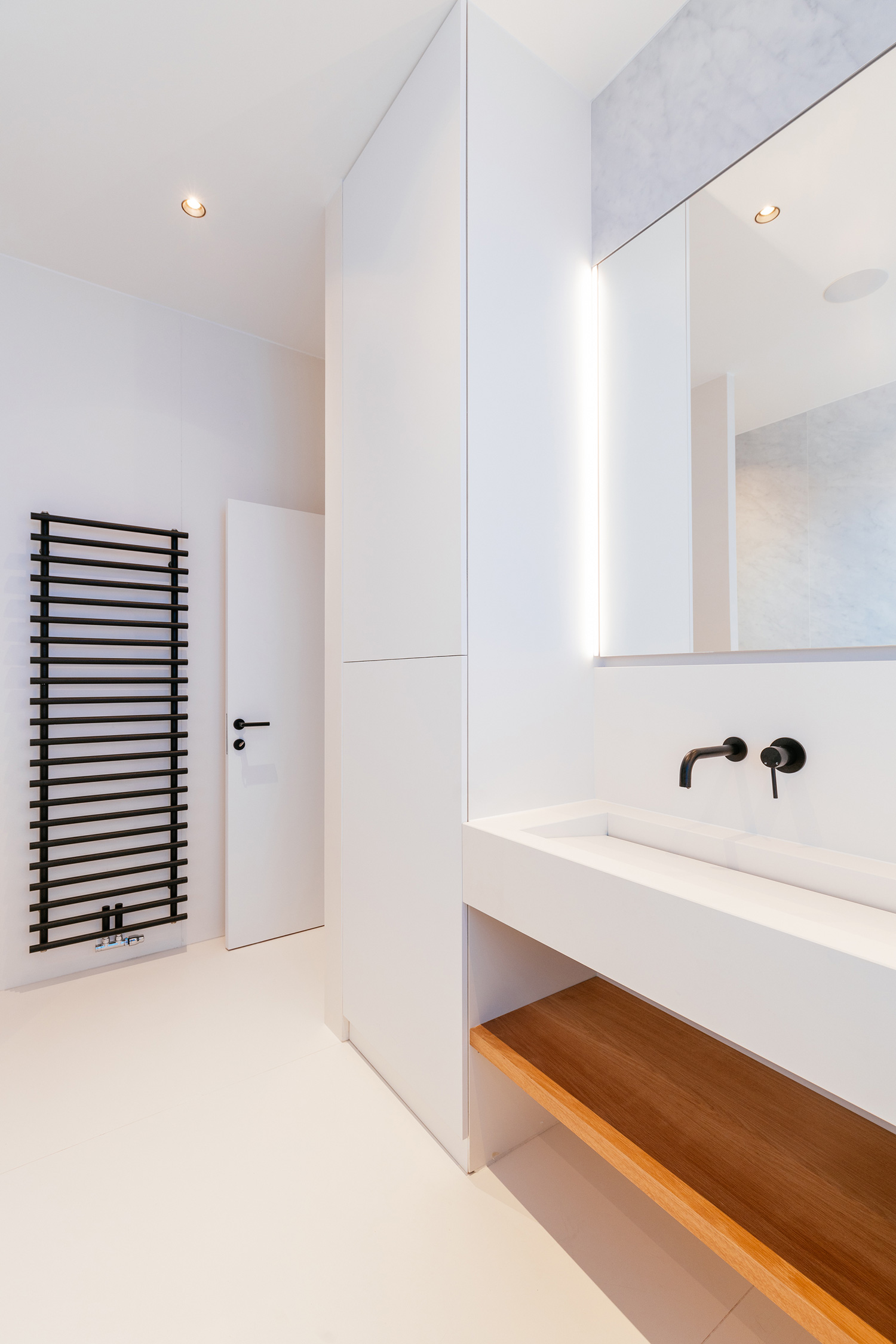 City House Brussels Washroom Neolith® by TheSize