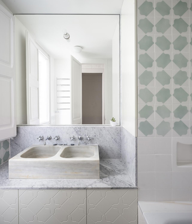 bathroom detail adrià goula